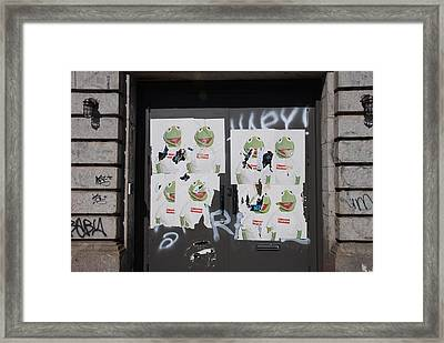 Framed Print featuring the photograph N Y C Kermit by Rob Hans
