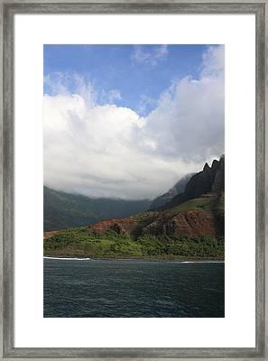 Na Pali Coast Valley Framed Print by Diane Merkle