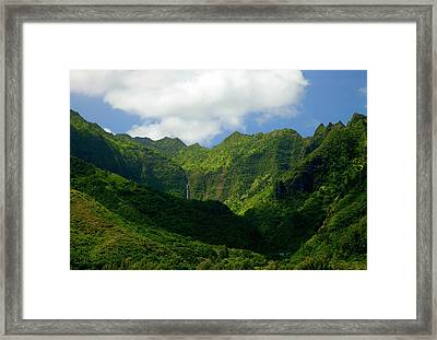 Na Pali Green Framed Print