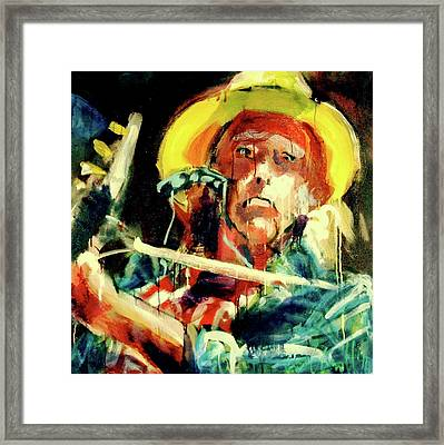 Neil Young Framed Print by Les Leffingwell