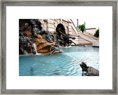 Neptune Fountain 2 Framed Print