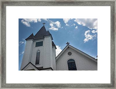 Framed Print featuring the photograph New England Church by Suzanne Gaff