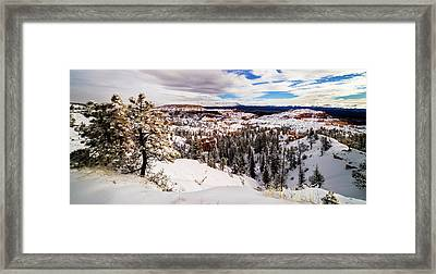 New Fallen Snow On Boat Mesa - Bryce Canyon Framed Print