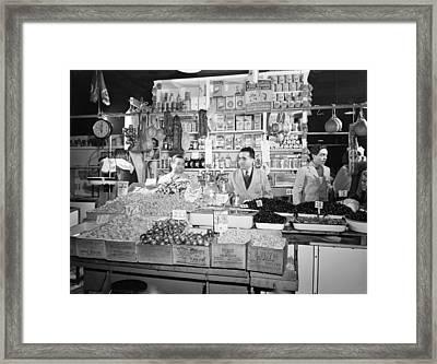 New York - Italian Grocer In The First Framed Print