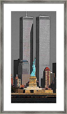 New York 911 Memory - Twin Towers And Statue Of Liberty Framed Print