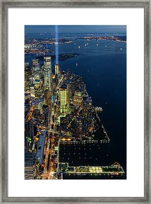 New York City Remembers 911 Framed Print by Susan Candelario