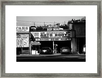 Framed Print featuring the photograph New York Street Photography 69 by Frank Romeo