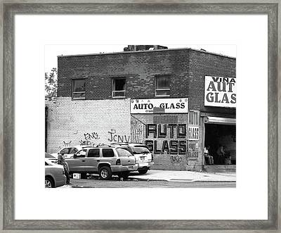 Framed Print featuring the photograph New York Street Photography 70 by Frank Romeo