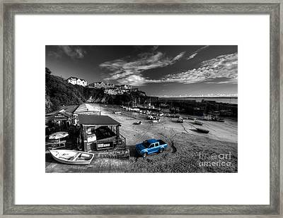 Newquay Harbour  Pickup  Framed Print by Rob Hawkins