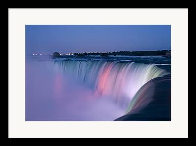 Niagara Falls Framed Prints