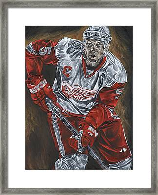 Nicklas Lidstrom Framed Print by David Courson
