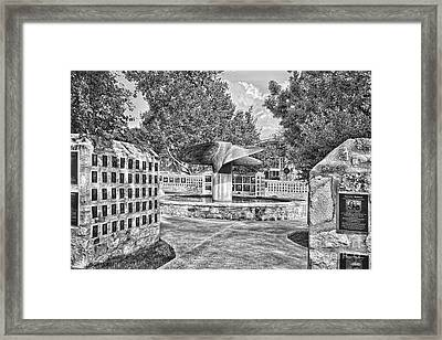 Nimitz Prop Fountain Framed Print