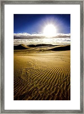Ninety Mile Beach Framed Print by Tiarnan Colgan