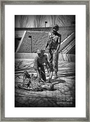 Framed Print featuring the photograph Nj Vietnam Veterans Memorial by Paul Ward
