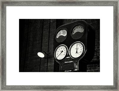 Framed Print featuring the photograph No Pressure by Tim Nichols
