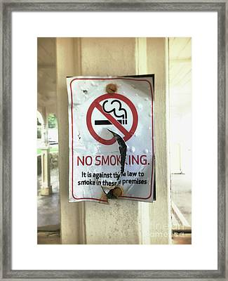 No Smoking Sign Framed Print