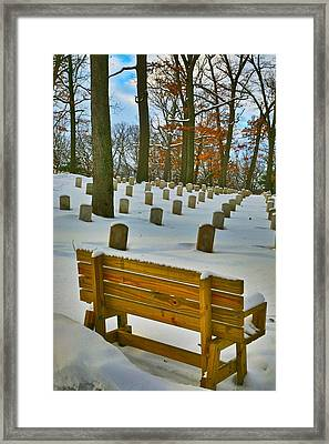 No Visitores Framed Print by Robert Pearson