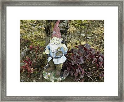 Nomebuddy Took Me...... Framed Print by Laurie Kidd