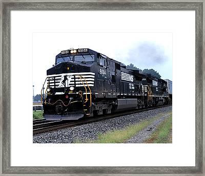 Norfolk Southern 9184 Through Stockbridge Georgia Framed Print