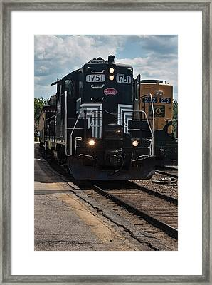 Framed Print featuring the photograph Conway Scenic Railroad - New Hampshire by Suzanne Gaff