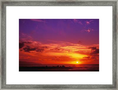North Shore Sunset Framed Print by Vince Cavataio - Printscapes