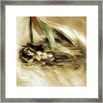 Nude 00210 Framed Print by Gull G