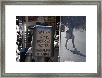 Framed Print featuring the photograph Nyc Drinking Water by Rob Hans