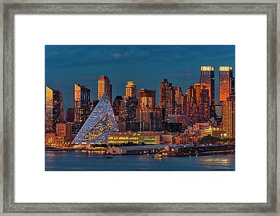 Framed Print featuring the photograph Nyc Golden Empire by Susan Candelario