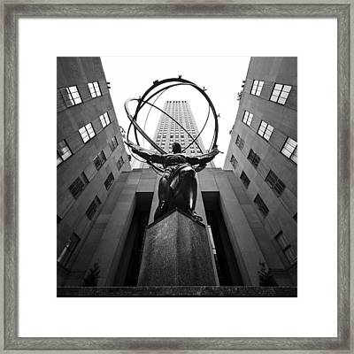 Nyc Rockefellar Center Framed Print by Nina Papiorek