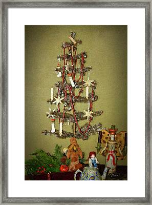 O Christmas Tree Framed Print by Teresa Mucha