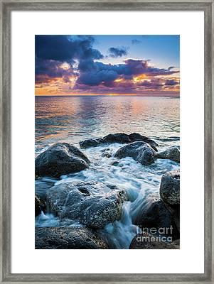Oahu Shoreline Framed Print by Inge Johnsson