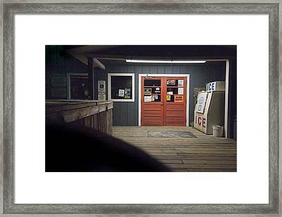 Oak Island Nc Pier Framed Print by Robert Ponzoni