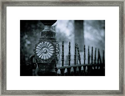 Framed Print featuring the photograph Oakwood Cemetery by Linda Unger