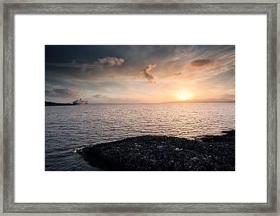 Oban Sunset Framed Print by Grant Glendinning