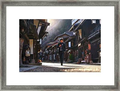 Framed Print featuring the photograph Oblivious To The Beauty Around by Peter Thoeny