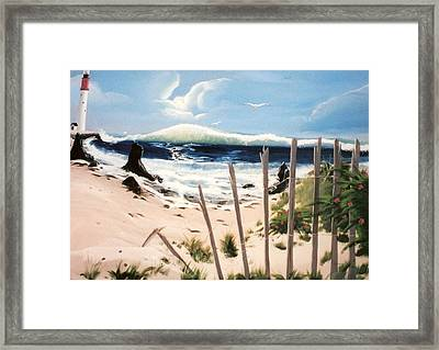 Oceans Breez Framed Print