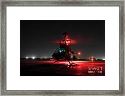 Oh-58d Kiowa Pilots Run Framed Print by Terry Moore