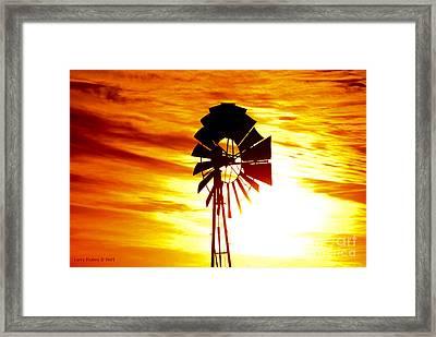 Oklahoma Sun Framed Print by Larry Keahey