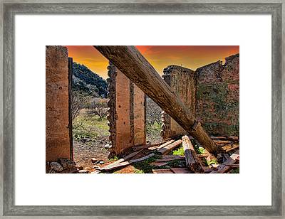 Framed Print featuring the photograph Ol' Building In Desert's Winter Warmth by Charles Ables