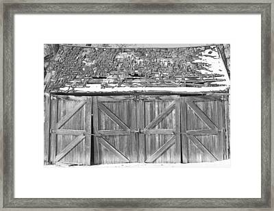 Old Barn In Black And White Framed Print by James BO  Insogna