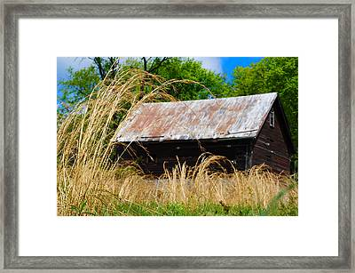 Old Barn In Roxborough Framed Print by Bill Cannon