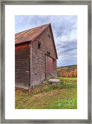 Old Barn Jericho Hill Vermont In Autumn Framed Print by Edward Fielding