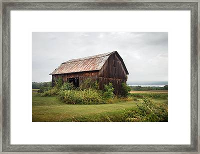 Framed Print featuring the photograph Old Barn On Seneca Lake - Finger Lakes - New York State by Gary Heller