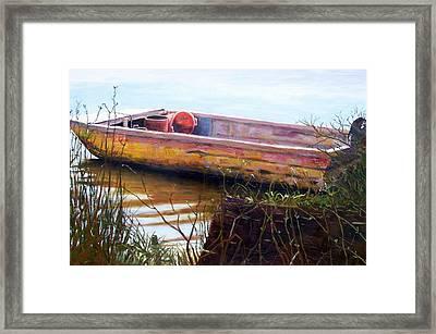 Old Boat At Mcclellandville Framed Print by Elaine Schulstad