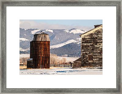 Old Farm Buildings Framed Print by Sue Smith