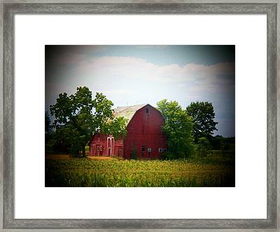 Old Indiana Barn Framed Print by Joyce Kimble Smith