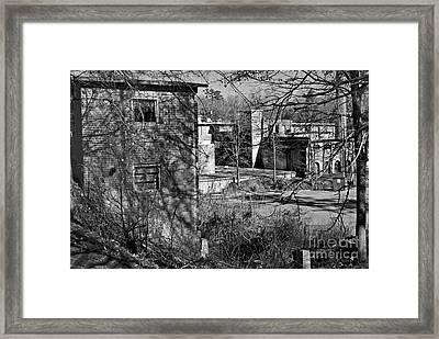 Old Lexington Mill Sc Framed Print by Skip Willits