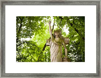 Old Monument Of Angel Crying Framed Print by Arletta Cwalina