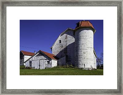 Old Red Roofed Barn Framed Print by Garry Gay