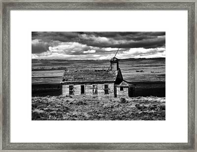 Old School House Bickelton Wa Black And White Framed Print by Jeff Swan